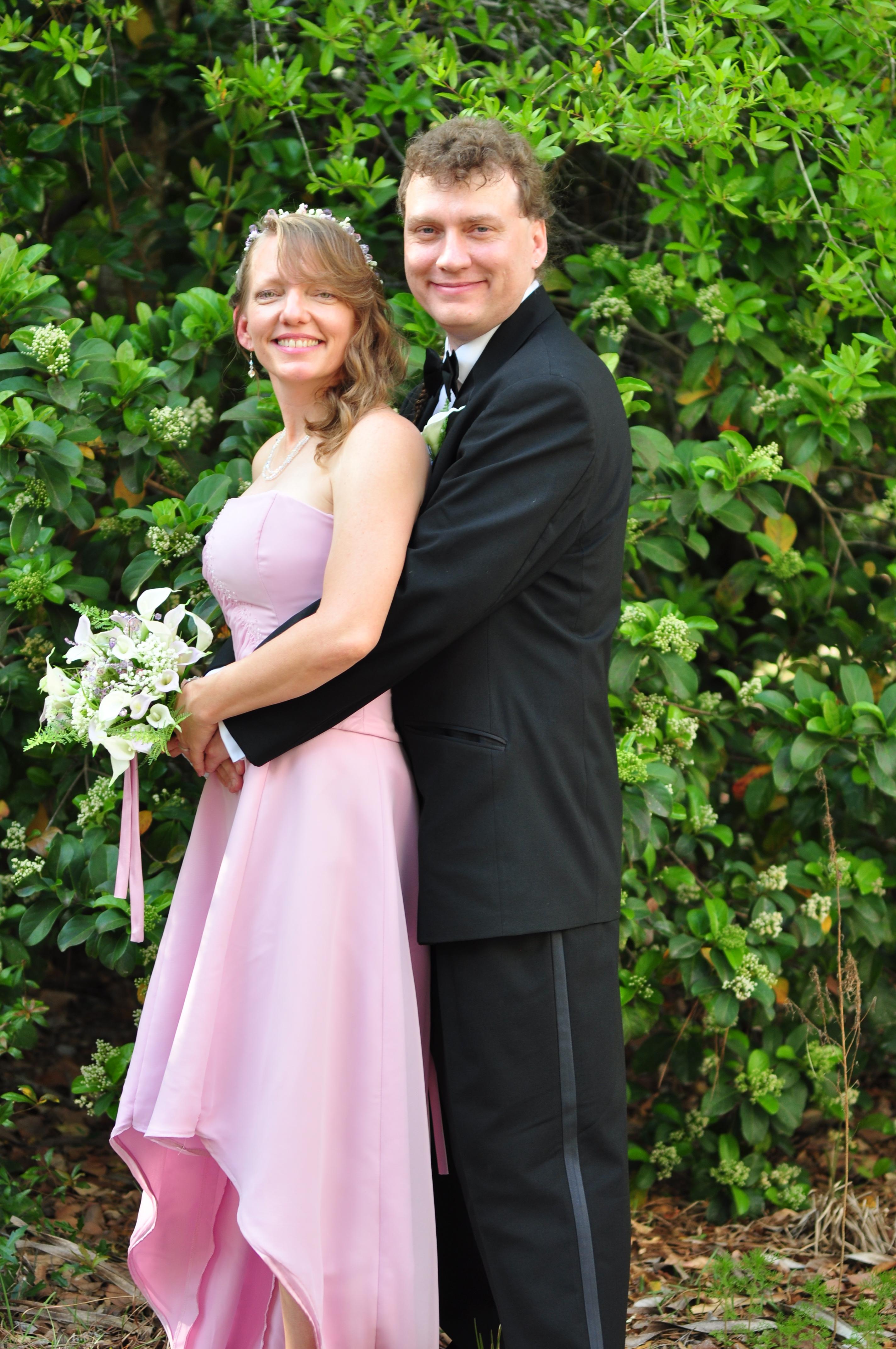 emily-and-travis-4-1-2013-april-fools-wedding-320