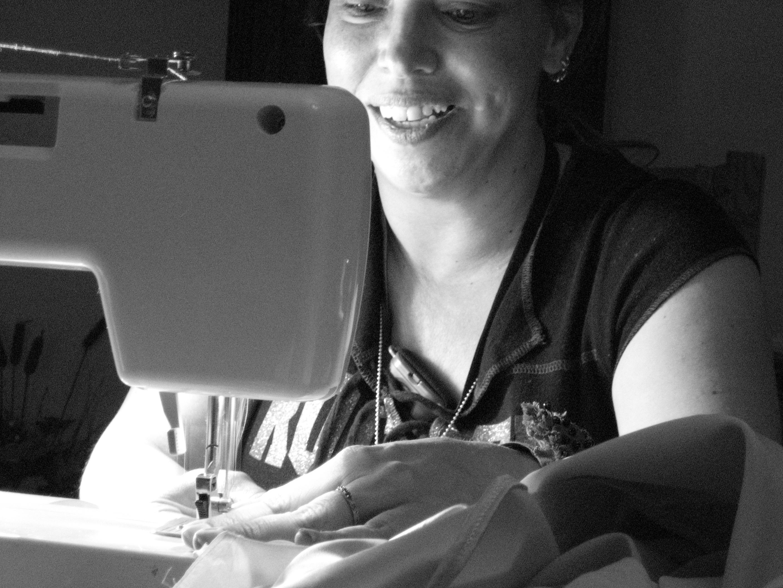 gina-sewing